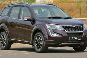 Mahindra XUV500 Facelift Launched In India 2018 : Price and Specifications